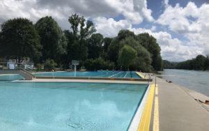 Aarebad Muri河邊泳池