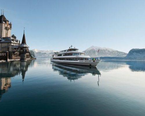 茵特拉根圖恩湖遊船